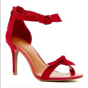 14th & Unión Aldey Red Heels Size 7.5